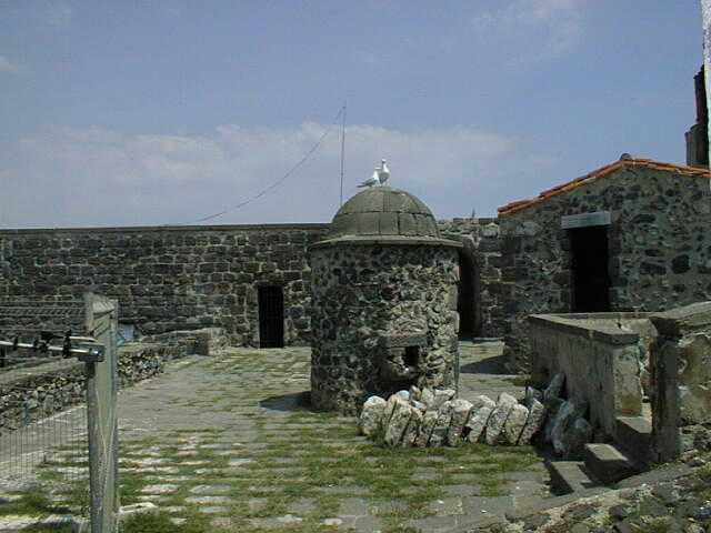 Fort Brescou Fort_brescou